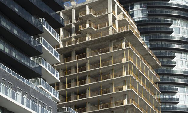 Tale of two markets: 2017 Toronto condo demand soared while sales of new single-family homes slumped.