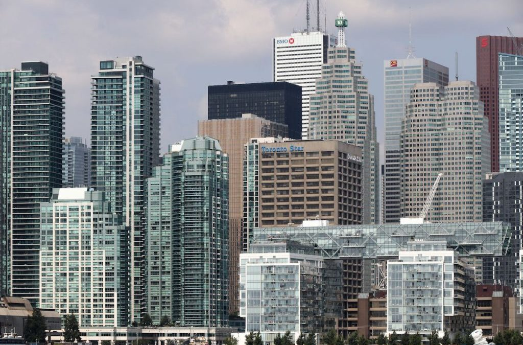 Is the Canadian housing market on the right path in 2018, or is it in for a bumpy road? Experts weigh in.