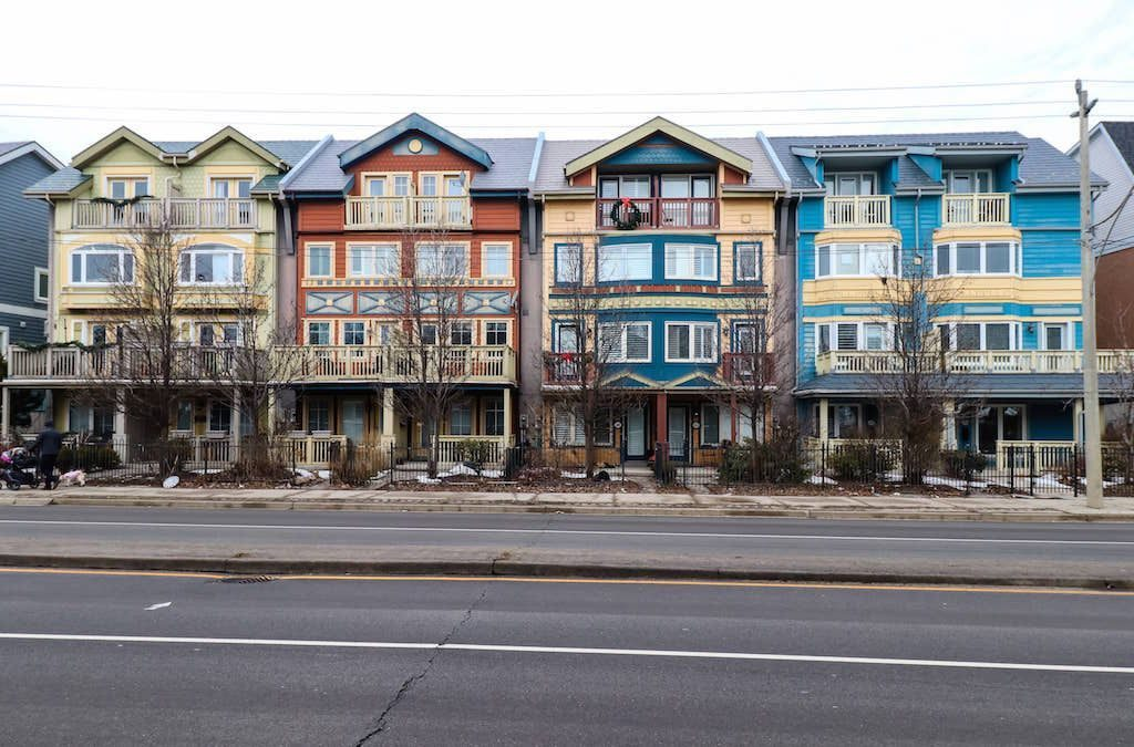 Canada was the third most popular real estate hotspot for Chinese homebuyers in 2017.